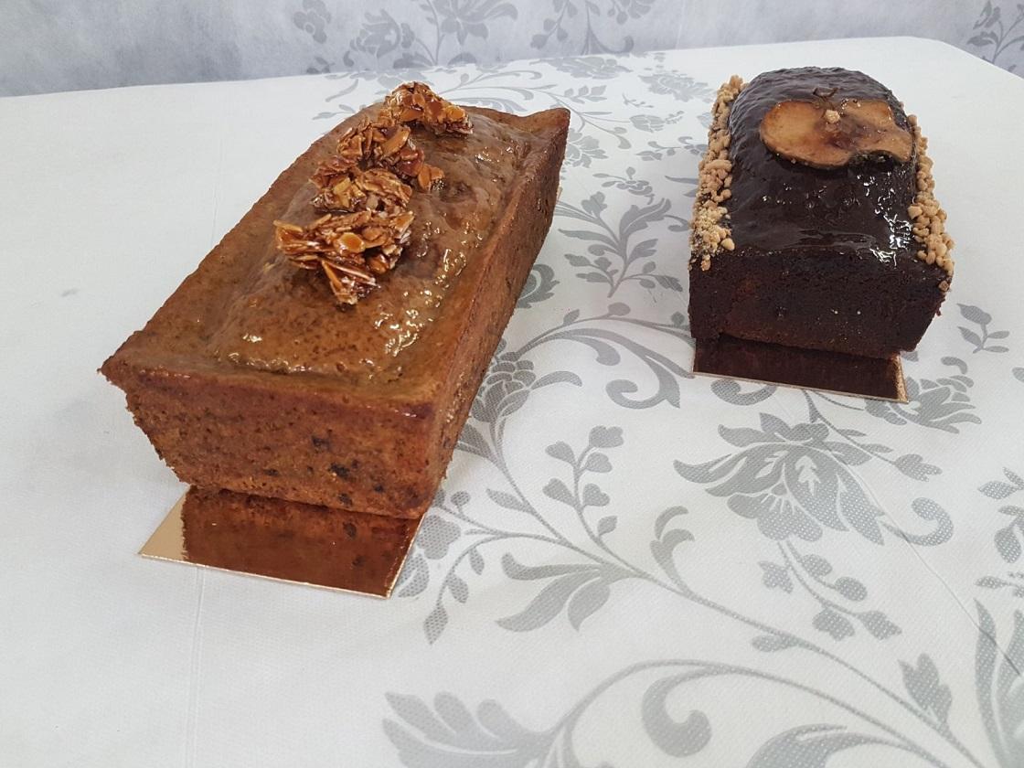 עוגת דבש ועוגת גזר